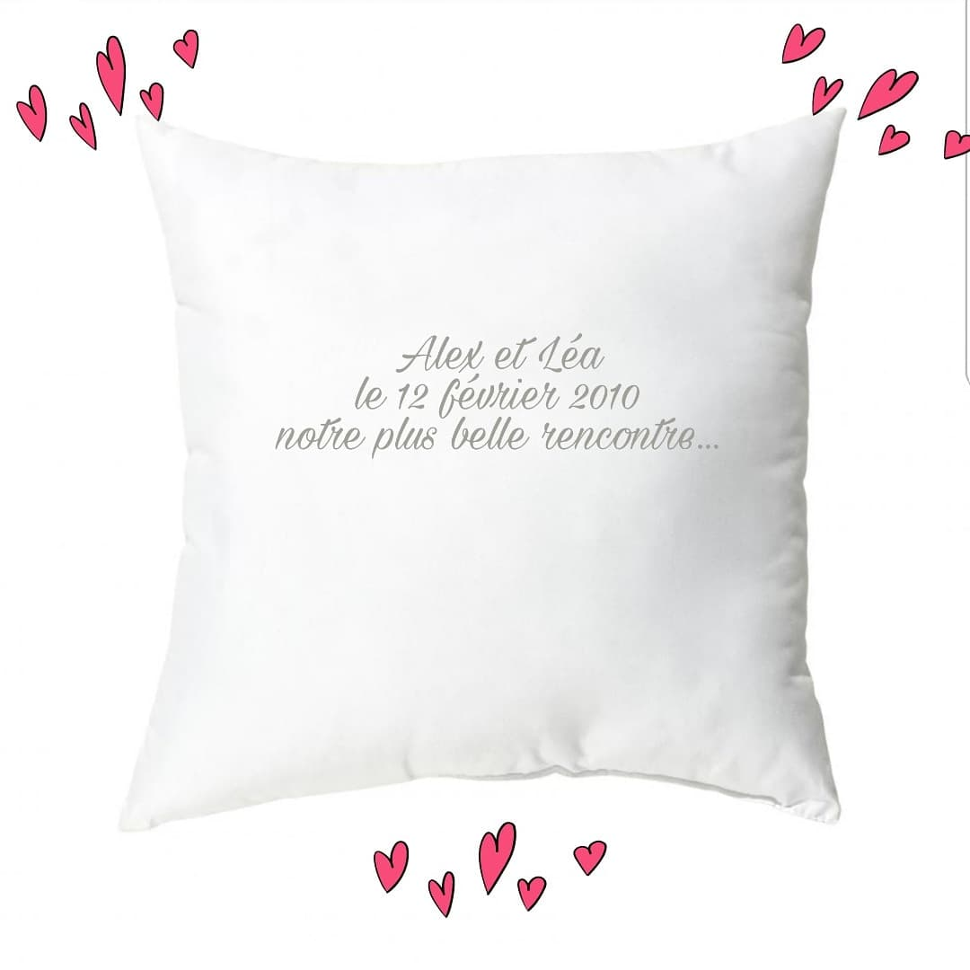 coussin-personnalise-broderie